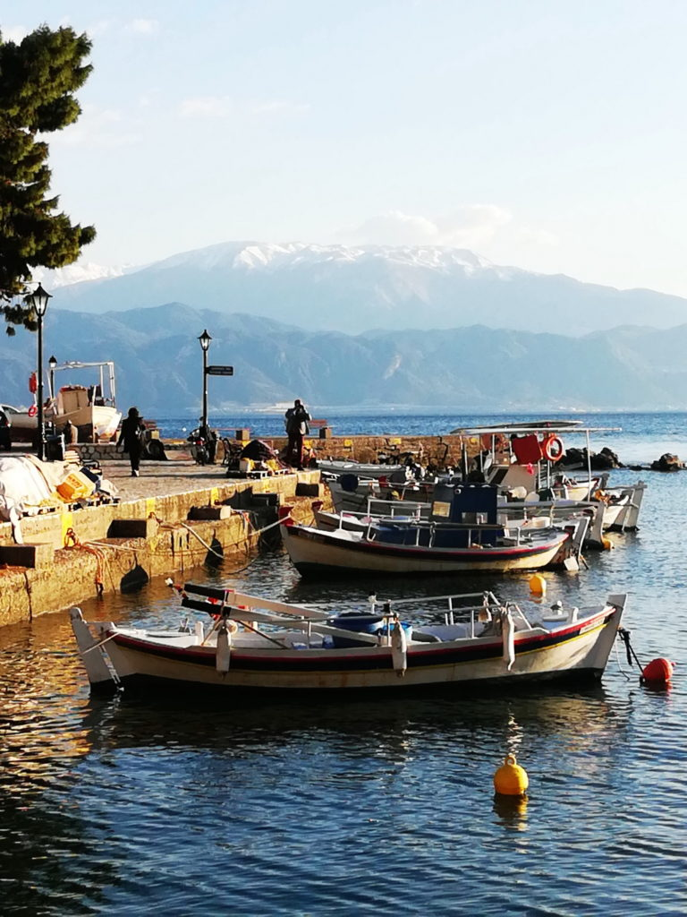 Fishing villages like Chania bot the northern coast of the Gulf of Corinth