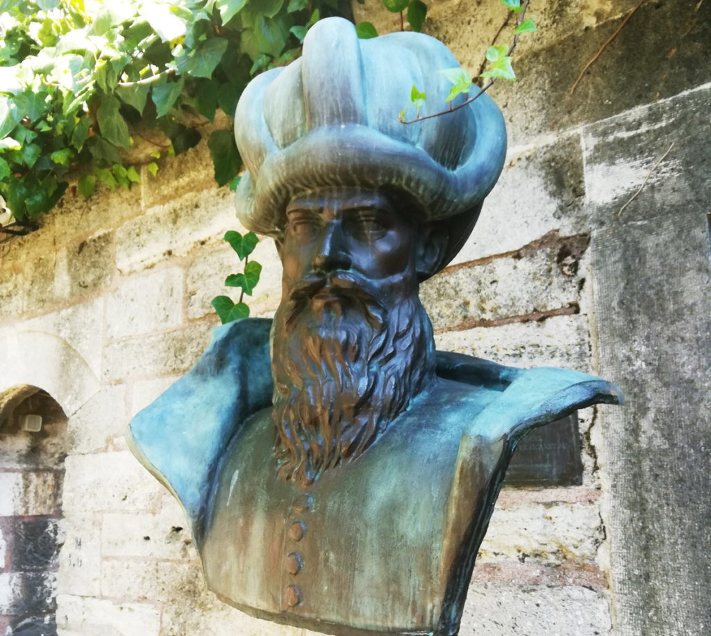 Bust of Mimar Sinan in the Caferağa Medresesi Çay Bahçesi
