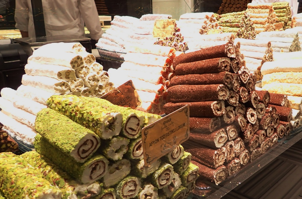 Turkish delight: Luxurious locum rolled with nougats and nuts