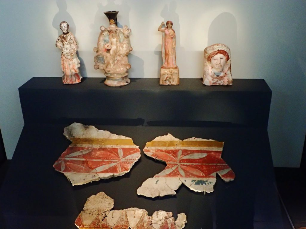 The Richness of Domestic Life: Displays in the Archaeological Museum of Thessaloniki