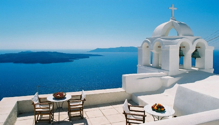 Santorini- an essential destination for one's first time in Geece