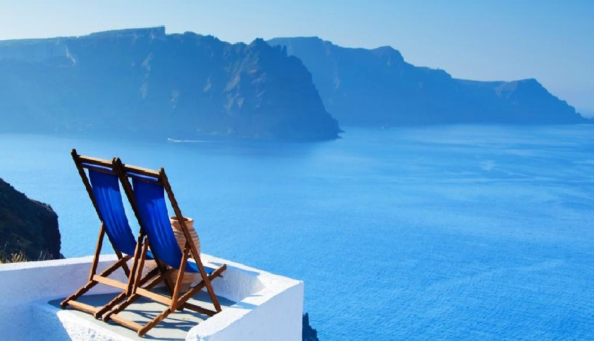 Santorini - Luxury vacations in Greece