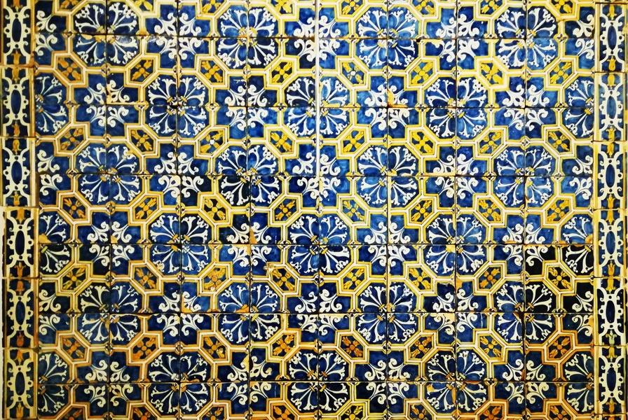 Visiting the Tile Museum in Lisbon - Museu Nacional do Azulejo - Decorative panel