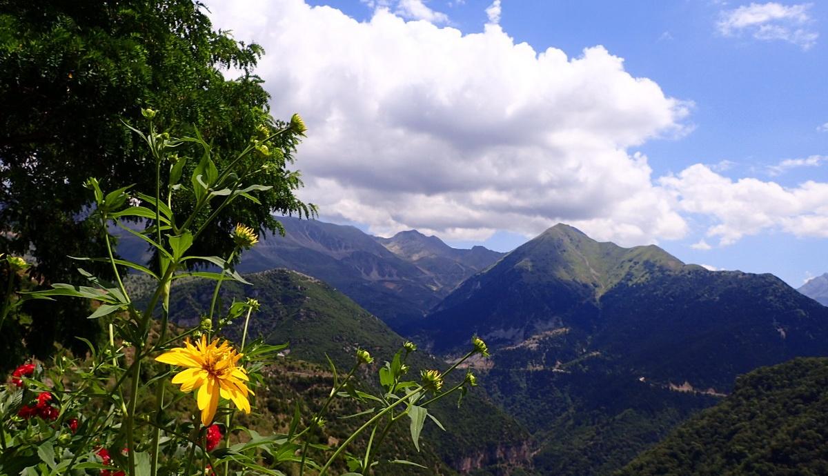 A view over the mountains of Tzoumerka from Kalarytes