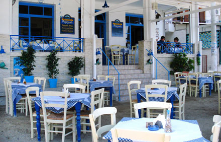A Summer Afternoon at Akrogiali, one of the best restaurants in Tolo