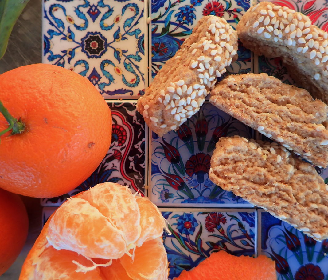 Ladokouloura - Vegan Cretan Sesame and Orange cookies with Olive Oil