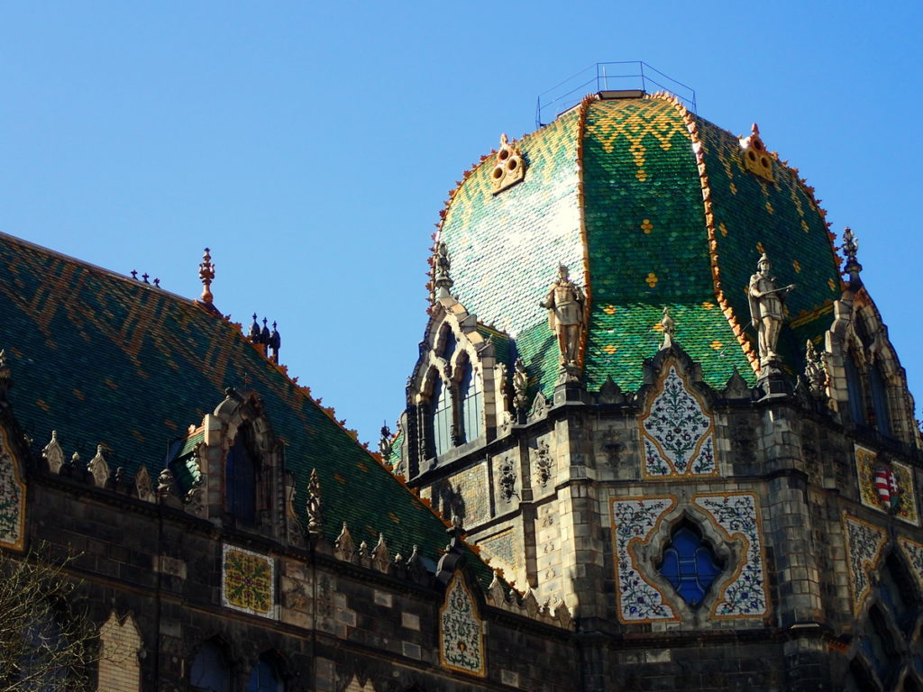 2 or 3 Days in Budapest - The Tiled Roof of the Museum of Applied Arts