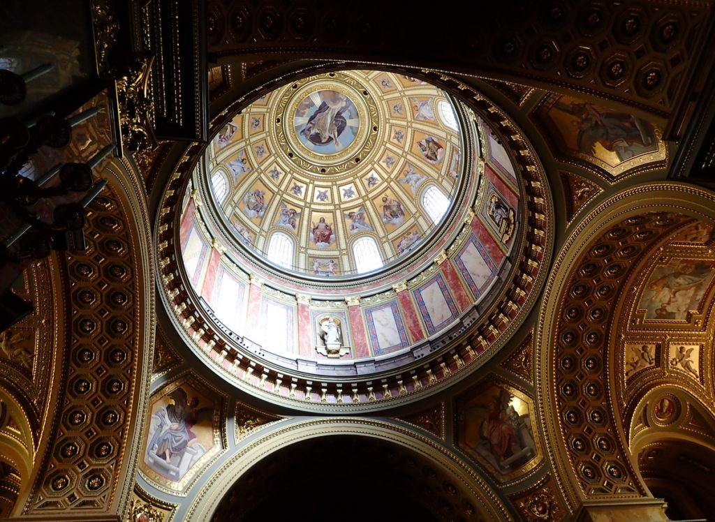 The gilded dome of the Neoclassical St. Stephen's Basilica on a 2 or 3 day Budapest itinerary